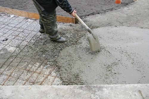 бетон самосвалом